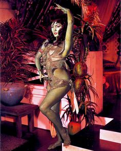 "Vina (Susan Oliver) as an Orion Slave Girl - Star Trek ""The Cage"" (First screened to NBC in February, 1965 - Restored TV premiere, October Star Trek 1966, Star Trek Tv, Star Wars, Aliens, Susan Oliver, Science Fiction, James T Kirk, Yvonne Craig, Star Trek Images"