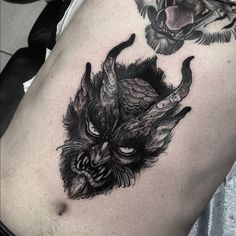 Tattoo by @lenytusfey #blackworkers_tattoo #tattoo #bw #blackwork #blacktattoo