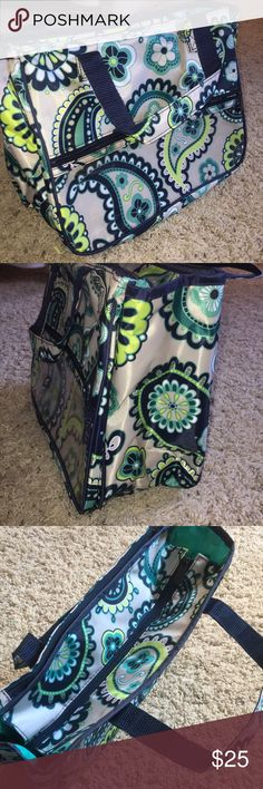 Thirty One Bag Never been used, cute and functional Thirty One bag. Internal and External pockets for extra storage. Perfect for travel or a day at the beach! Approximately 12 inches in length. Bags Travel Bags