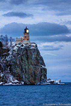 inhasa:    Splitrock Lighthouse at Lake Superior, Minnesota