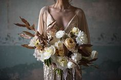 Moody and timeless wedding inspiration | Magnolia Rouge | Bloglovin'