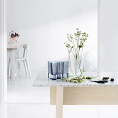 A classic piece that remains a modern Scandinavian design staple to this day. The Iittala Aalto Vase was originally designed by Alvar Aalto in immediately revolutionizing the art of glassblowing with its intricate, fluid folds of glass. Alvar Aalto, Cadeau Design, Modern Glass, Vases Decor, Decoration, Modern Architecture, Interior Inspiration, Home Accessories, Glass Vase