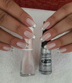 Silver French tips. French Nails, Gorgeous Nails, Pretty Nails, Nail Deco, Nagel Gel, Manicure And Pedicure, Pedicures, Nail Arts, Toe Nails