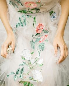 Delicate floral detail on tulle dress Pretty Dresses, Beautiful Dresses, Moda Floral, Floral Lace, Bridal Gowns, Wedding Gowns, Floral Wedding Dresses, Bridesmaid Dresses, Luxe Wedding