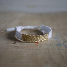 Bracelet LOOM N°26 http://myriambalay.fr/
