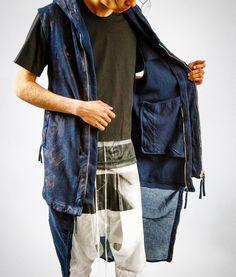 Just Zip Down & Add Length to Your #borisbidjansaberi Vest  BRILLIANT idea... Executed Flawlessly!  #riccardiboston #RiccardiSTYLE #bostonbest #mensfashion #menswear #mensstyle #commedesgarcons #julius #julius_7 #boris #bbs #11bybbs #construction #detail #handmade #barcelona #vest #shorts #ss16 #runway by riccardi.jr