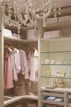gorgeous closet for her...♥