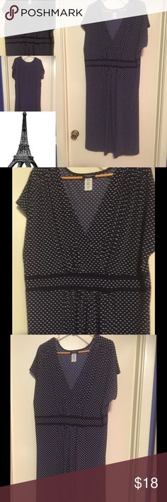MAKE ME AN OFFER ❤️️ Perfectly Polka Dots dress Adorable navy blue dress with white polka dots. This is such a great dress. It is so comfortable and beautifully made. Made by Perception Woman size 3X polyester/ spandex blend. In wonderful condition. Will be a lovely dress for your Posh Closet 🎀🎀🎀 Dresses Midi