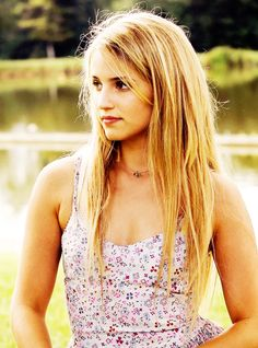 「The Family」 Dianna Agron as Belle