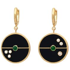 Retrouvaí Compass Earrings - Black Onyx ($3,420) ❤ liked on Polyvore featuring jewelry, earrings, black, earring jewelry, 18k earrings, hand crafted jewelry, 18 karat gold jewelry and 18k jewelry