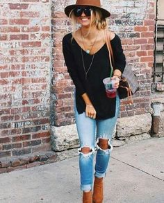 Entzuckend My DYT Type Style Great Black Sweater, Distressed Jeans And Turquoise  Pendant✓ . Change Cool Hat To Black And Style With Coordinating Flats.