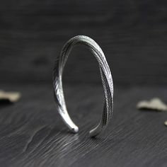 Women's Fine Silver Twisted Leaves Pattern Cuff Bracelet