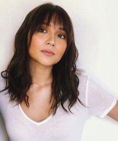 Kathryn Bernardo 🌟 Kathryn Bernardo Hairstyle, Filipina Actress, Cant Help Falling In Love, Haircut Styles, Hairstyles Haircuts, Filipino, Asian Beauty, Philippines, Hair Ideas