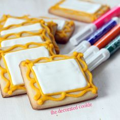 cool idea, make some canvas cookie, give a food pen and let them draw their art! wm.artpartycookies2