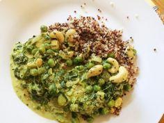 curry végétarien : petit pois / épinards / fèves / oignons / noix de cajou