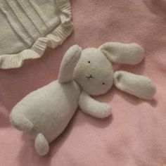 Cute Stuffed Animals, Dinosaur Stuffed Animal, Emo, Alluka Zoldyck, The Ancient Magus Bride, A Silent Voice, Pink Aesthetic, Sailor Moon, My Little Pony