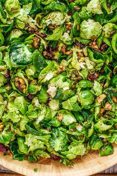Rachael's Brussels Sprouts Salad Sprouts Salad, Brussel Sprout Salad, Brussels Sprouts, Meat Sauce Recipes, Salad Recipes, Sprout Recipes, Vegetable Recipes, Superfood, Green Apple Salad