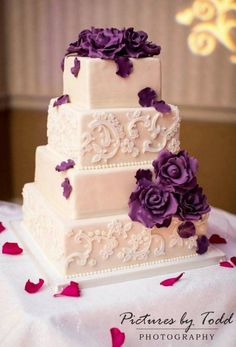 4 tiered white wedding cake