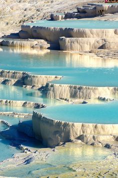 Photo & pictures  of Pamukkale Travetine Terrace, Turkey. Photography of the white Calcium carbonate rock formations.