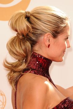 5 New Ways to Wear a Ponytail, Spotted at the Emmys - Daily Makeover