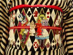 Yukata Kimono, Kimono Japan, Kimono Fabric, Japanese Kimono, Modern Kimono, Kimono Pattern, Japanese Textiles, Japanese Outfits, Here Kitty Kitty