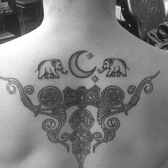 Les 50 plus beaux tatouages de Jon Boy, tatoueur de stars | Glamour