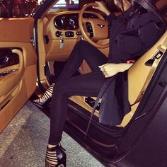 luxury cars for the , Sport Cars Convertible , Coches deportivos Chevrolet . Fashion Mode, Girl Fashion, Luxury Fashion, Womens Fashion, Women Lifestyle, Luxury Lifestyle, Rich Lifestyle, Luxe Life, Girls Dpz