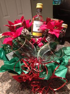 mini wine bouquet w/wine glasses! Themed Gift Baskets, Wine Gift Baskets, Raffle Baskets, Craft Gifts, Holiday Gifts, Christmas Gifts, Boyfriend Gift Basket, Boyfriend Gifts, Mason Jar Gifts
