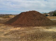 Fertilizers, compost, and mulch help enrich the soil, giving your plants, flowers, trees, and vegetables the nutrients needed to grow. Stock up on the best products at the best prices! We have 11 types of mulches and several different kinds of composts and fertilizers. No matter which style you like best Gold Hill Landscaping has the product for you.
