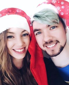 Look at jackaboy and his lovely girlfriend, wiishu seems so good for him