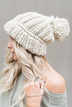 63521277e 12 Best Top 10 Beanie Hats For Women In 2017 images   Beanie hats ...
