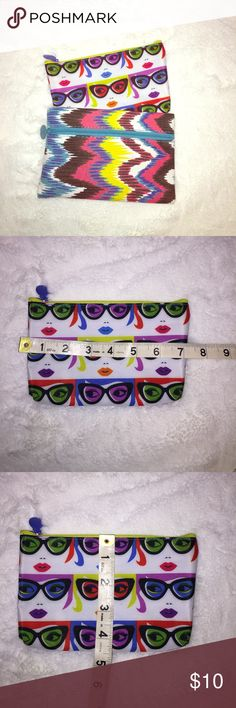 Ipsy makeup bags Cute ipsy makeup pouch! Never been used. 2 for $10 Ipsy Bags Cosmetic Bags & Cases