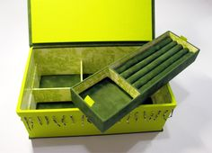 """JEWELRY BOX lined with green Velvet and colorful beads, interior lined with """"toile de jouis"""" that I love so much! with tray for rings and various partitions. 31x19x11cm HAND MADE BOXES TAILORED"""