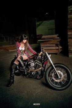 Biker Girl - Biker Chick - Biker Babe - GBT13 #motorcycleharleydavidsonchoppers