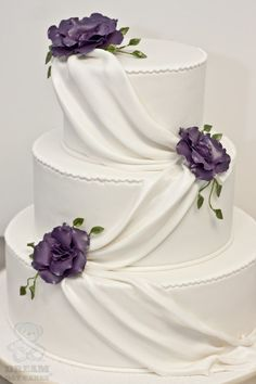 Lovely, delicious and scrumptious cake decorated with elegant purple ..., 600x900 in 87.1KB