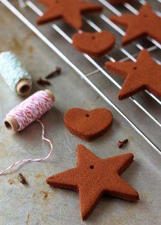 diy deko ideen weihnachten adventszeit baumanhänger zimtgebäck