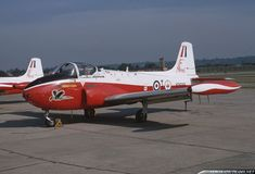 In 1965 the College of Air Warfare, based at Royal Air Force Manby airbase, formed a Jet Provost aerobatic display team named The Magistrates Military Jets, Military Aircraft, Post War Era, Air Force Aircraft, Air Photo, Royal Air Force, Colour Schemes, T 4, Fighter Jets