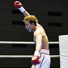 辰吉寿以輝KOで無傷5連勝、父丈一郎の腕回し再現 - 日刊スポーツ #ボクシング