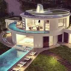 Discovered by ∞ Luxury Lìfє ∞. Find images and videos about fashion, beautiful and style on We Heart It - the app to get lost in what you love. Round Building, Rich Home, Luxury Homes Dream Houses, Luxurious Bedrooms, Luxurious Homes, House Goals, Dream Rooms, Home Deco, Ideal Home