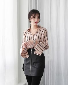 Low Silky Stripe Blouse