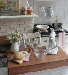 Cynthia's Cottage Design: Vintage kitchen