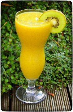 Guten Morgen Smoothie: Mango-Kiwi trifft Kokos