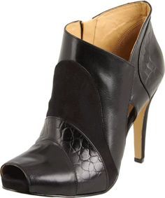 Nine West Women's Extraord Ankle Boot: Shoes    Disclosure: affiliate link