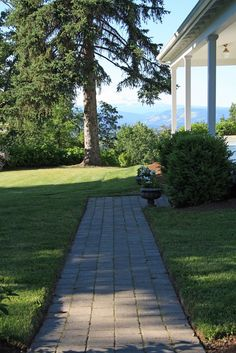 english country walkways and steps   ... getting around to posting on our front walkway and stairs i had