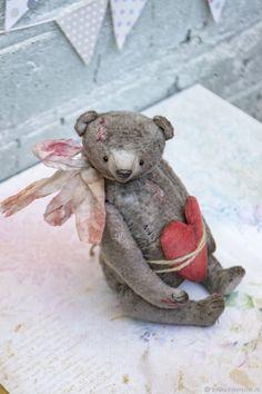 Валентин – купить или заказать в интернет-магазине на Ярмарке Мастеров | Маленький, сердеШный Валентинчик 17см плюшевой…