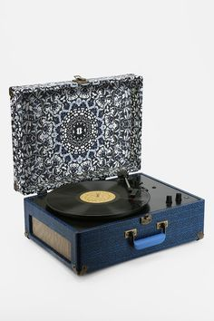UO X Crosley AV Room Portable USB Vinyl Record Player - Urban Outfitters. YES PLEASE
