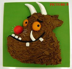 Gruffalo Cake!  OMG I totally need to do this for my boys.  They love the Gruffalo!