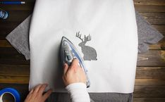 how to stencil a t-shirt with freezer paper