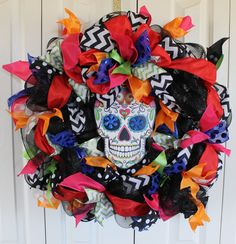 Large Day of The Dead deco mesh wreath. Dia de los Muertos Decor.  Catrina Day of the Dead Decor. Skeleton wreath. Halloween wreath. by MadyBellaDesigns on Etsy