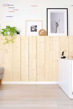 DIY Holzwand DIY wooden wall made of spruce for the Scandinavian cozy look in the living room Diy Wooden Wall, Wooden Crafts, Wooden Walls, Wall Wood, Diy Furniture Plans, Pallet Furniture, Furniture Dolly, Baby Room Boy, Ikea I